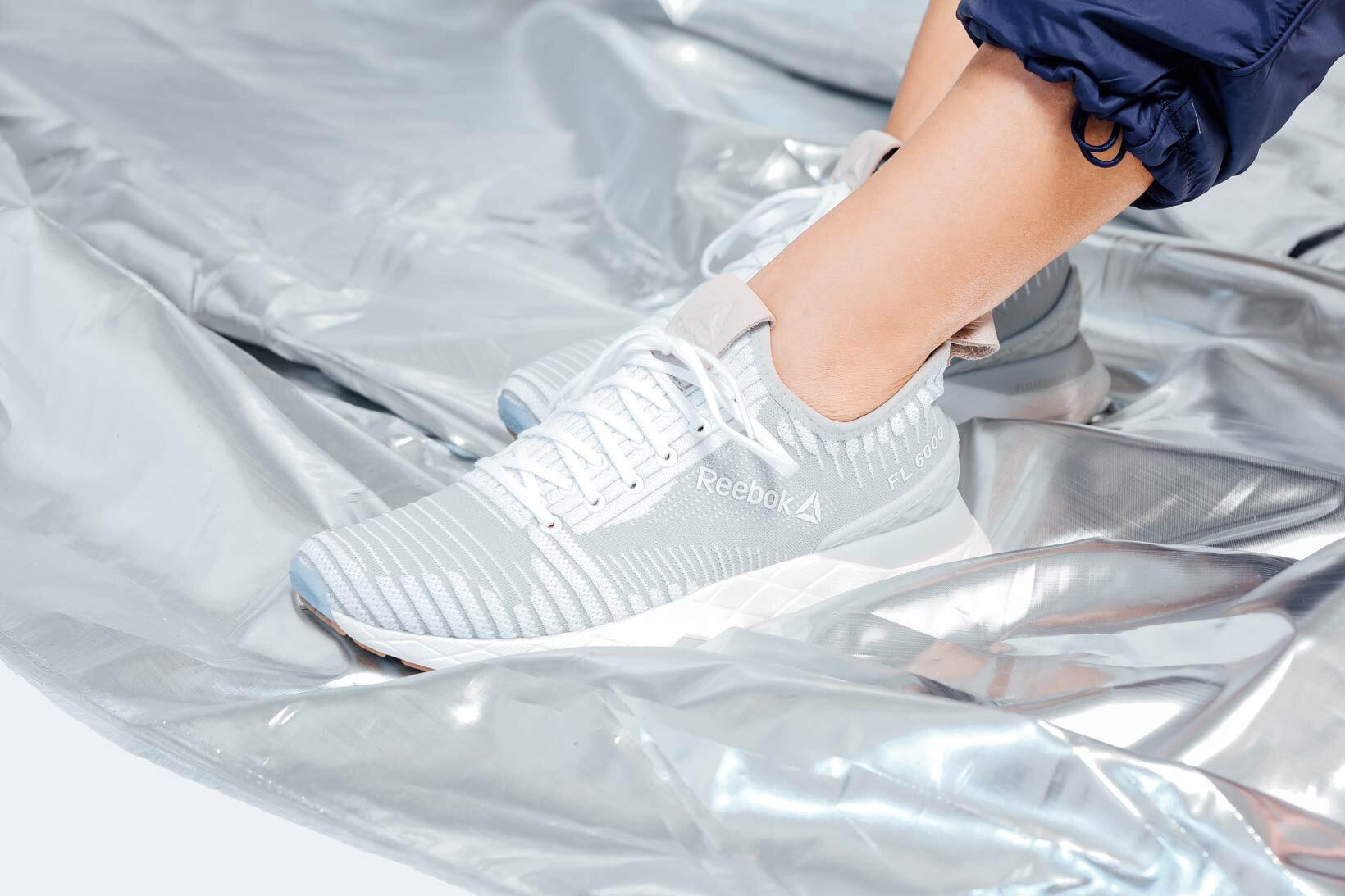 Reebok Floatride 6000 thực sự là mẫu giày vượt trội về cả chất liệu, thiết kế và giá thành.