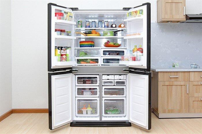 Giá bán tủ lạnh Hitachi R-X670GV(X), 722L, Inverter: 107.000.000đ