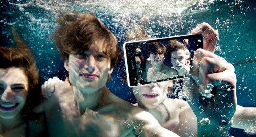 Sony Xperia Z3 có thể chụp hình dưới nước