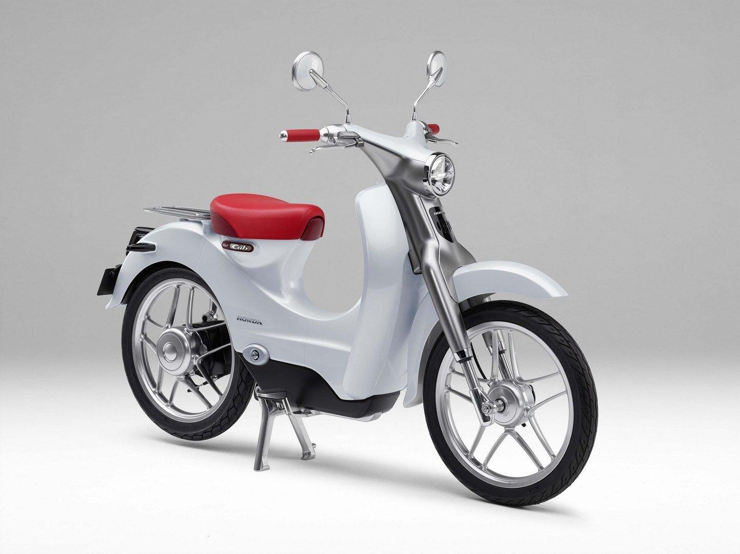 Xe máy điện EV-CUB của Honda kiểu dáng sang trọng, thanh lịch