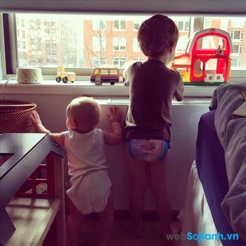 Luôn tạo sự chú ý cho cả hai con