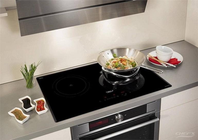 Bếp từ Chefs dùng có tốt không? Kinh nghiệm cho người đi mua bếp từ