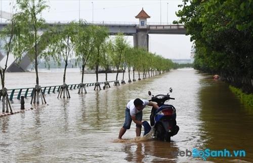 Đừng để chiếc xe có vấn đề đi vào đường ngập