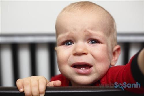 Phương pháp Cry it out đòi hỏi bố mẹ phải rất kiên cường!
