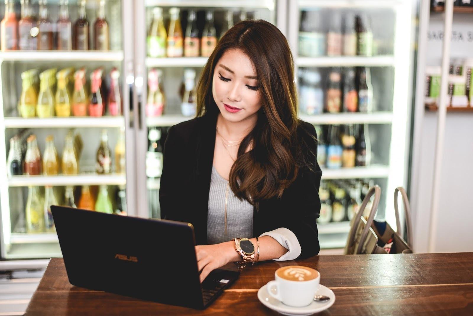 Laptop Asus 510UQ-BQ483T luôn có mặt trong danh sách những laptop đáng mua nhất hiện nay