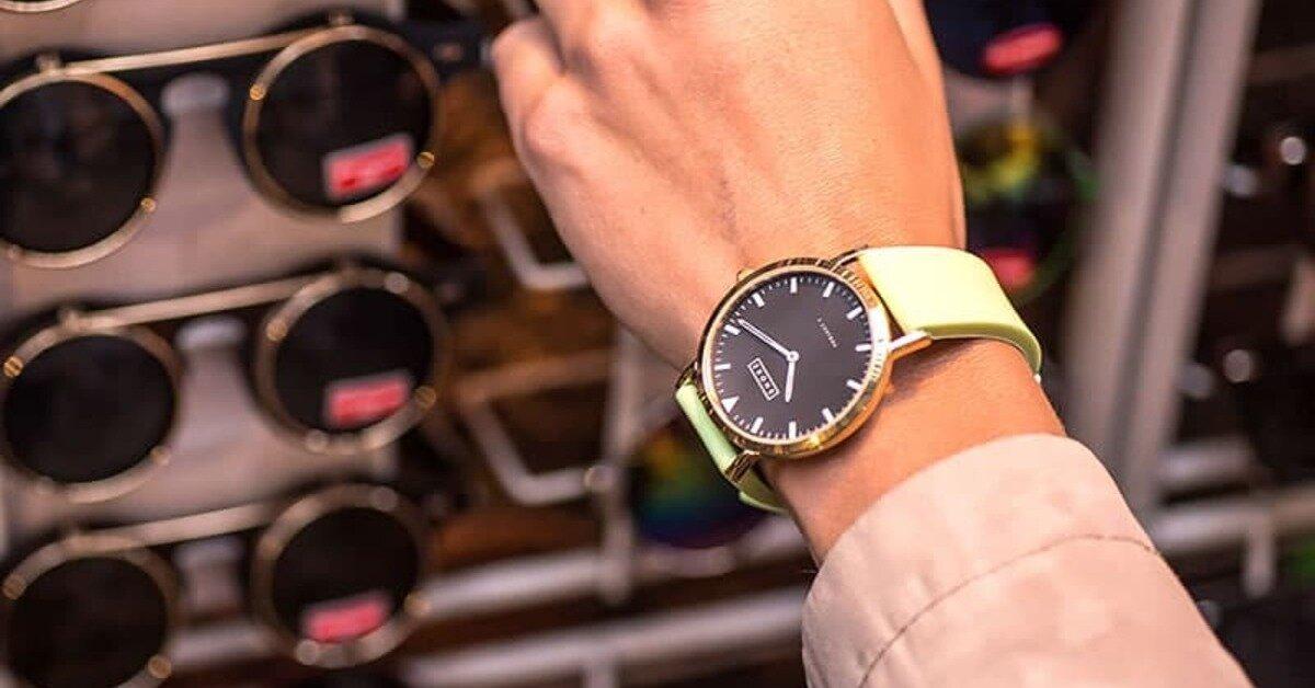 Đồng hồ nam mạ vàng