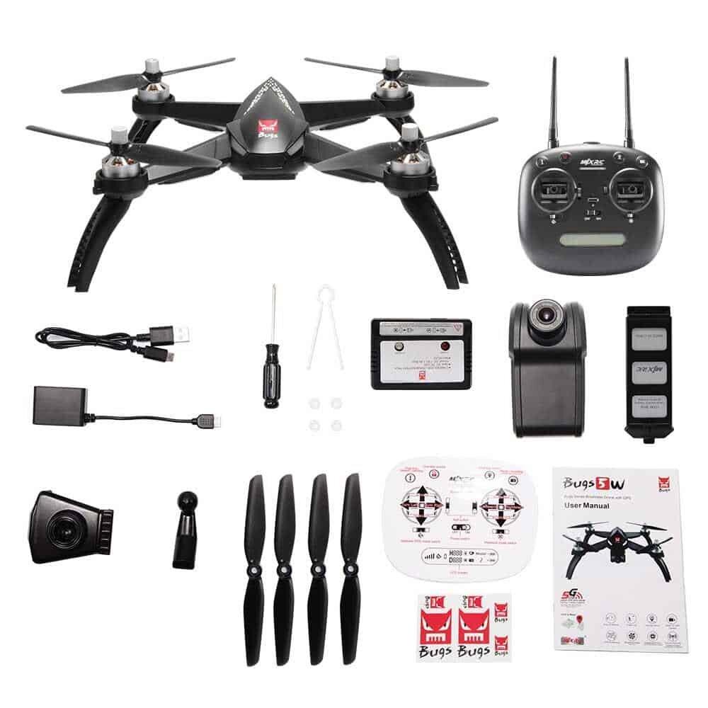 Chuẩn bị đầy đủ phụ kiện cho flycam