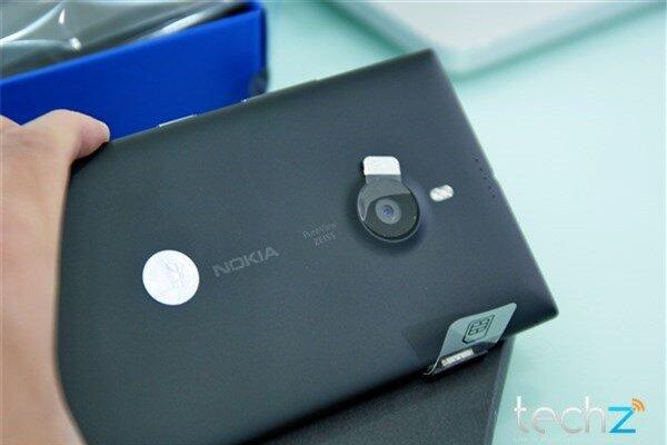 Mở hộp Lumia 1520 chính hãng tại Việt Nam: Trên cả tuyệt vời-image-1385719034838