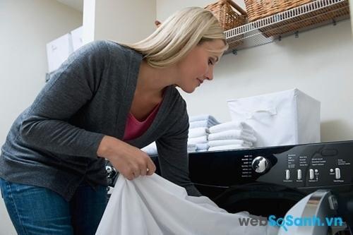 Giặt sạch vỏ gối và ga thường xuyên