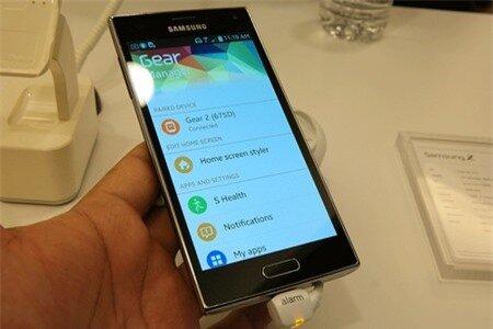 Smartphone Samsung Z chạy Tizen bị