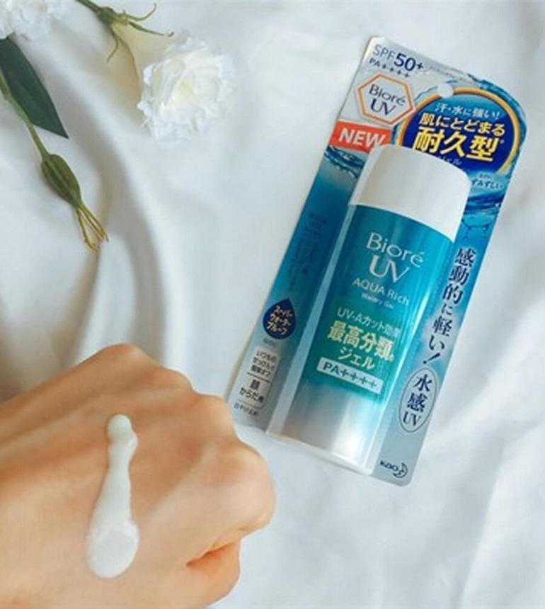 Kem chống nắng Biore UV Aqua Rich Water Gel SPF 50+