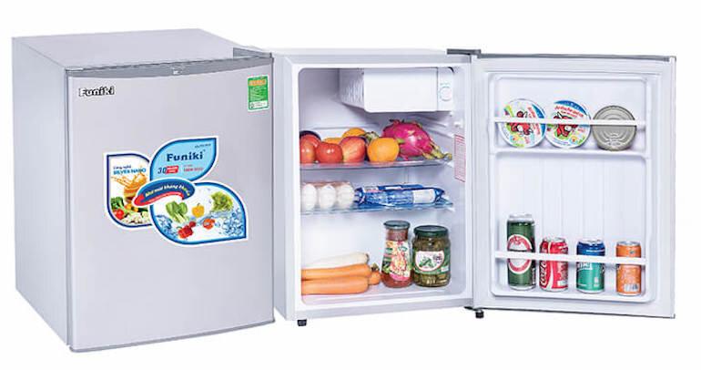 Không gian lưu trữ của tủ lạnh siêu mini đa dạng cho người sử dụng chọn mua.