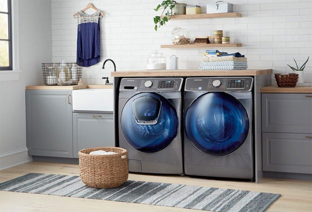 Máy sấy thông hơi là loại máy sấy quần áo được sử dụng nhiều tại các gia đình Việt