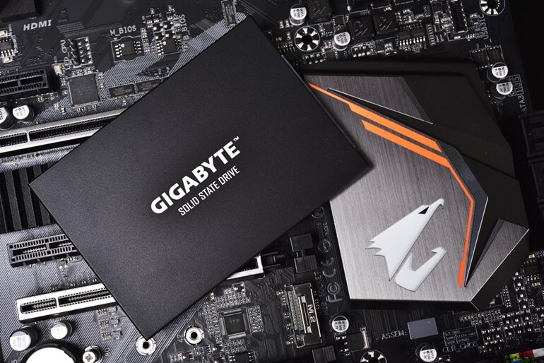 ssd gigabyte ud pro