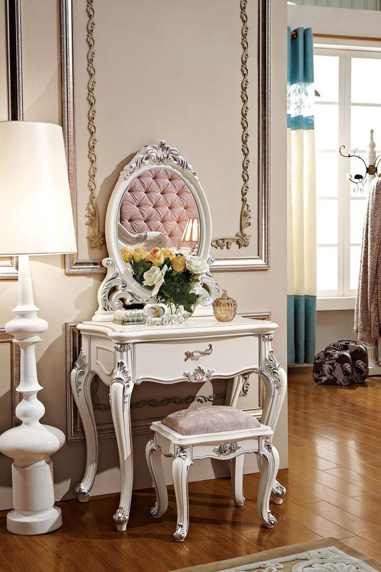 Chọn gương theo phong cách cổ điển