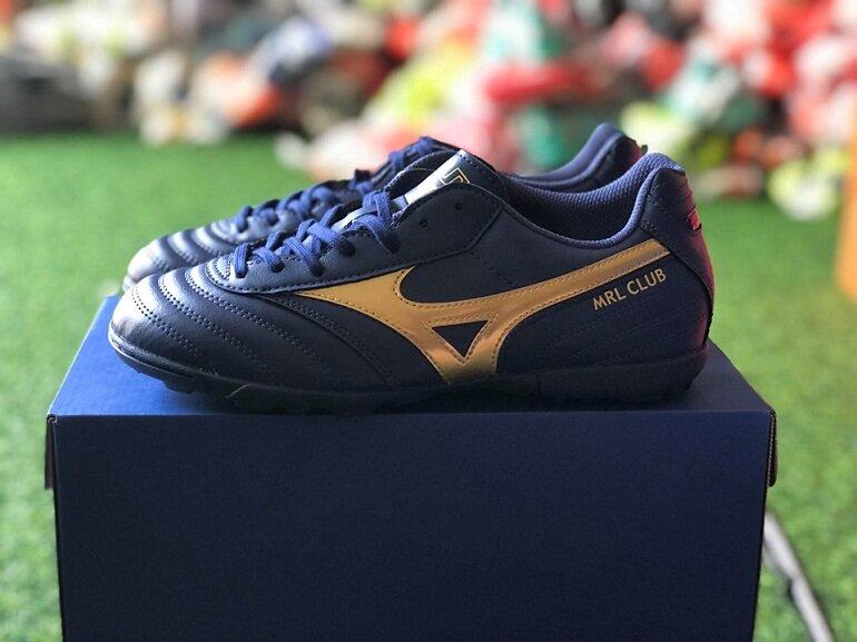 Giày đá bóng Mizuno có xuất xứ từ Nhật Bản