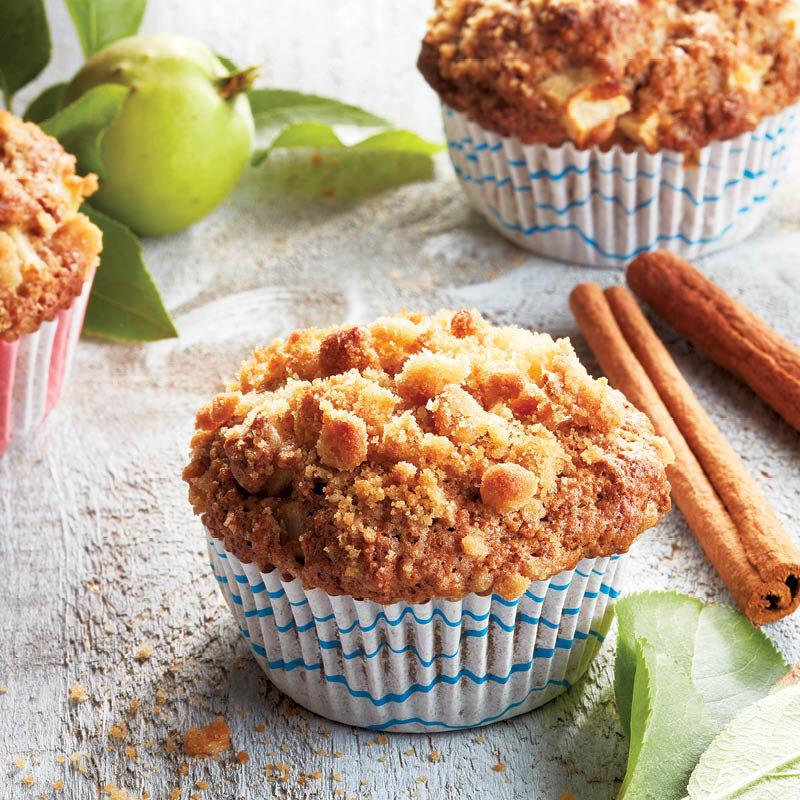 Muffin táo quế thơm mùi quế, ngọt nhẹ vị táo vô cùng khó cưỡng