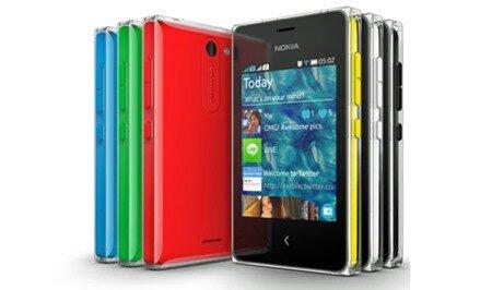 Điều khác biệt duy nhất ở Nokia 500 là ở camera 2Mp và kết nối Wifi thay vì 3.5G.