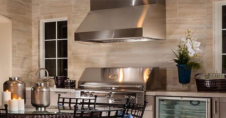 Máy hút mùi hiện đại giúp không khí căn bếp nhà bạn luôn trong lành và sạch mùi