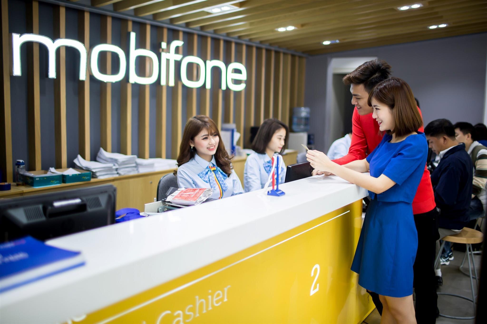 Đến trực tiếp cửa hàng Mobifone để được hỗ trợ và giải đáp mọi thắc mắc