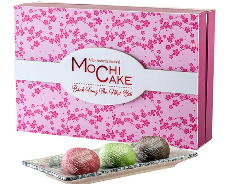 Với vị thơm mát của đậu đỏ, không quá ngọt của Mè đen, thanh thanh của trà xanh và sự mềm dẻo của lớp vỏ. Bánh Mochi Bibica đã chiếm được tình cảm lớn của người dùng ngay sau lần đầu tiên thưởng thức.