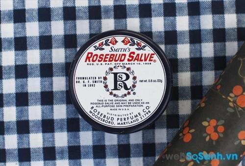 Son dưỡng môi Smith's Rosebud Salve