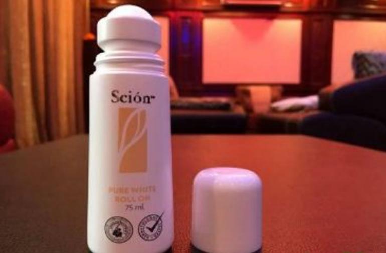 Lăn khử mùi cao cấp Scion pure white roll on nuskin