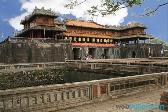 Kinh thành Huế (nguồn: internet)