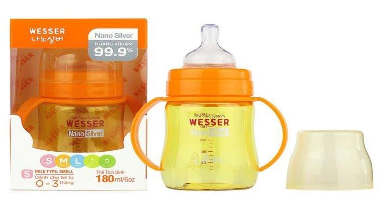 Bình sữa Wesser có công nghệ kháng khuẩn Nano Silver an toàn cao.