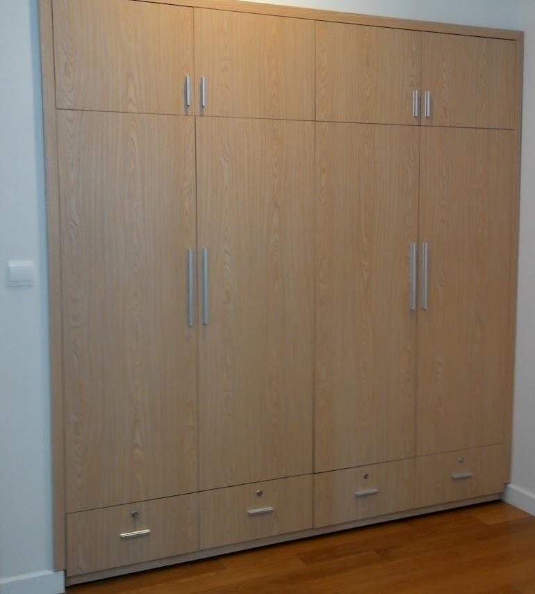 Khi lựa chọn tủ quần áo âm tường giá rẻ nên chú ý gì?