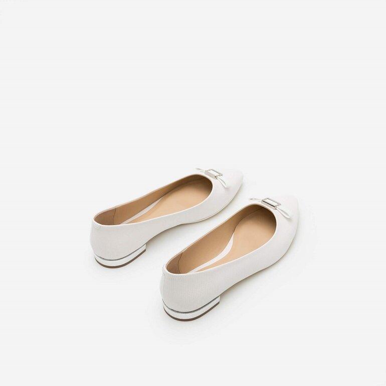 giày búp bê trắng có nơ