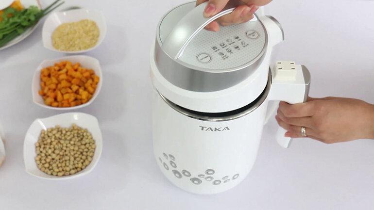 Mỗi dòng sản phẩm máy nấu sữa đậu nành sẽ có dung tích khác nhau (Nguồn: youtube.com)