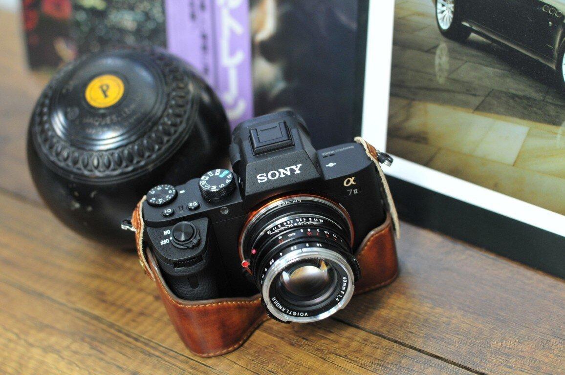 Chiếc máy ảnh A7 Mark II thế hệ mới của Sony