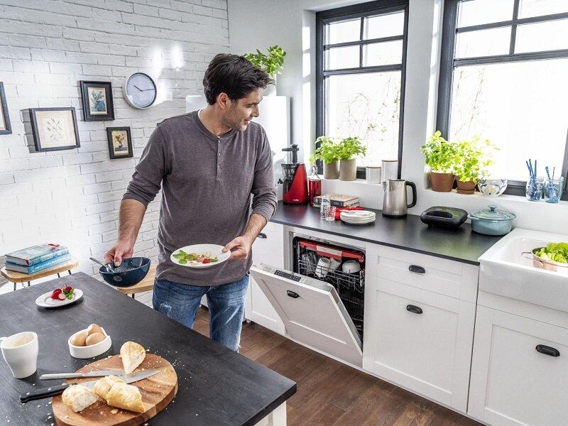 Máy ép Amica JSM4012 tăng phần tiện nghi cho căn bếp
