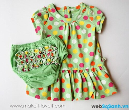 Quần áo do chính bạn may cho con