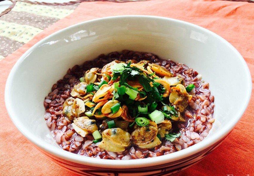 Cùng thưởng thức món nghêu gạo lứt giảm cân hiệu quả