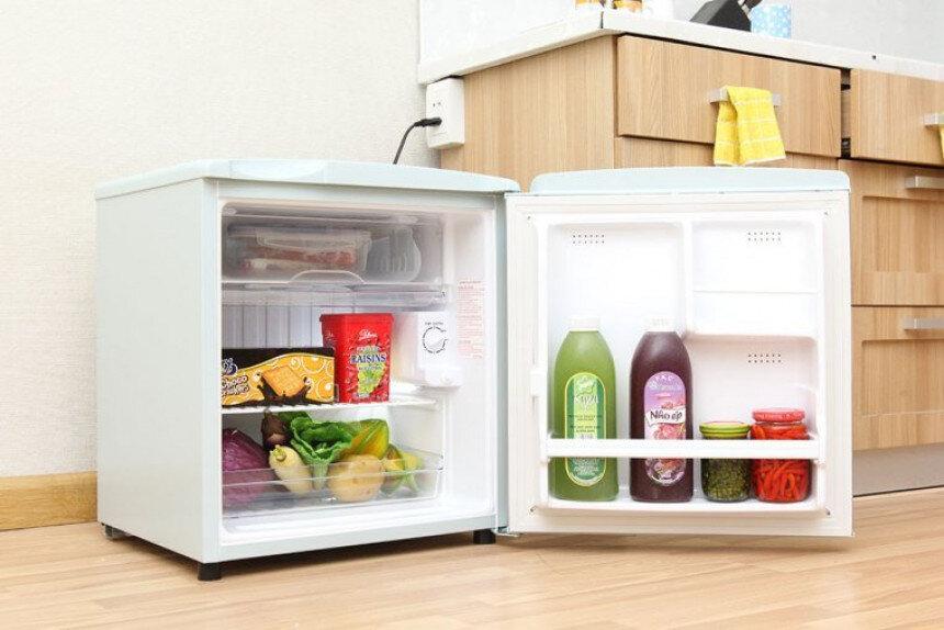 Tủ lạnh siêu nhỏ Aqua AQR-55AR