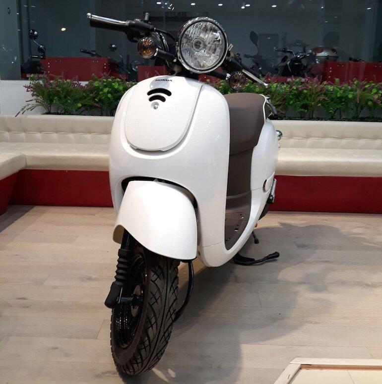 Đánh giá xe máy điện Honda Mono có tốt không?