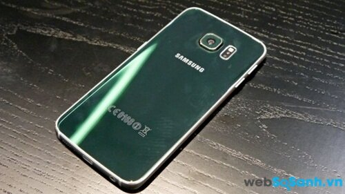 Vỏ kim loại của Samsung Galaxy S6 Edge