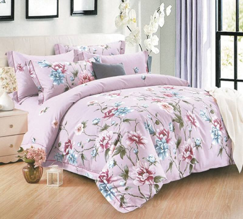Sự trang nhã trong hoa tiết và màu sắc khiến cho phòng ngủ của bạn trở nên hiện đại hơn