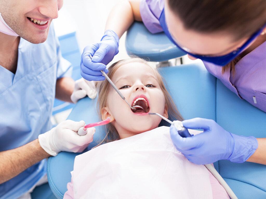 chống sâu răng cho bé