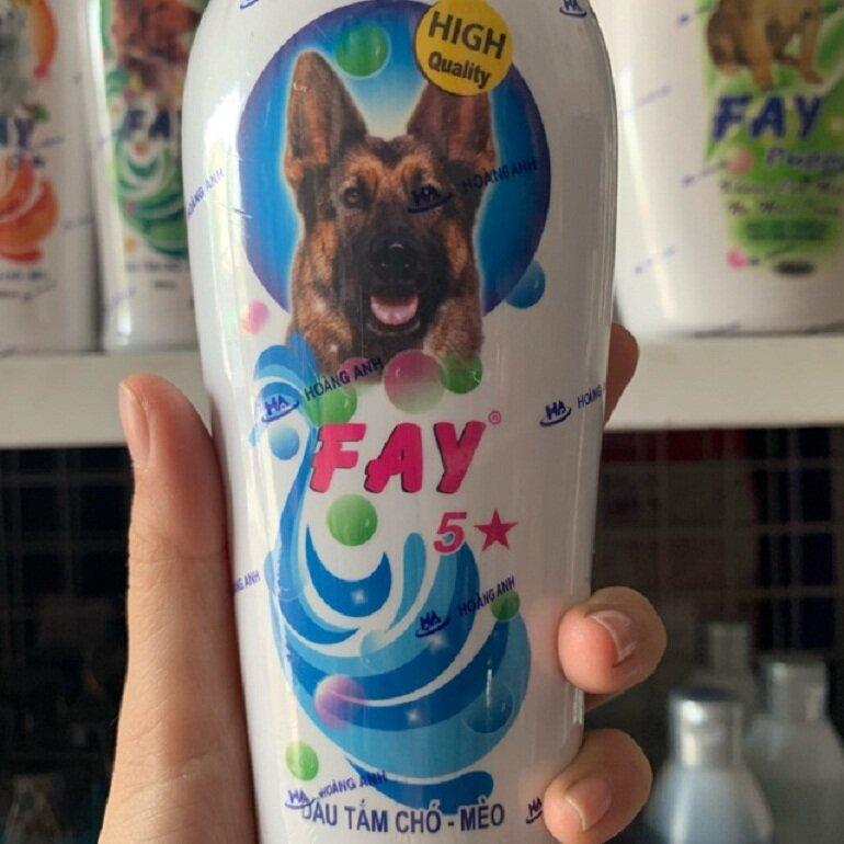 Fay 5 sao là thương hiệu sữa tắm của Việt Nam