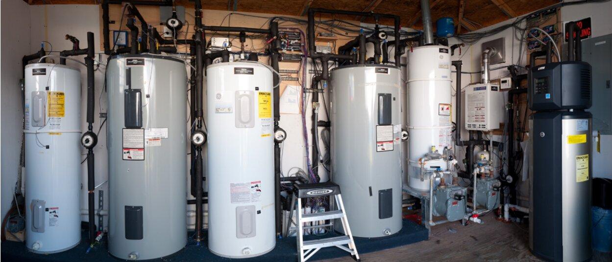 Máy nước nóng gas