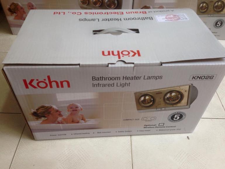 Phân biệt đèn sưởi Braun 2 bóng chính hãng bằng vỏ hộp.