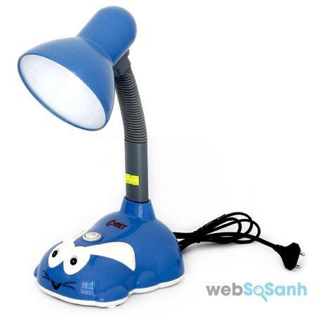 đèn bàn kẹp học sinh Comet giá rẻ