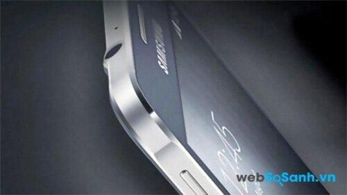 Galaxy A5 gây ấn tượng bởi thiết kế nguyên khối bằng kim loại