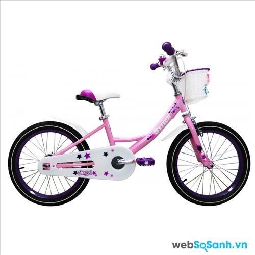 Xe đạp cho bé gái nên có những họa tiết dễ thương, với màu hồng
