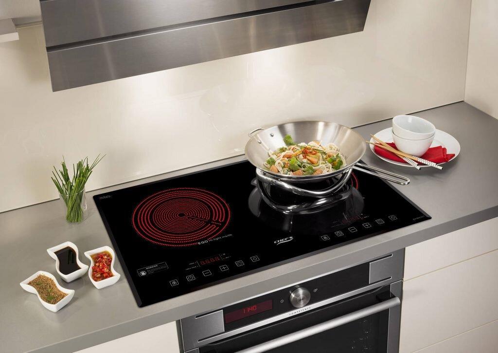 Chiếc bếp hồng ngoại cảm ứng EH-DHL321 của Chef's