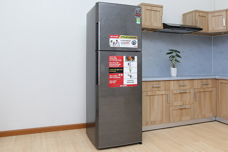 Tủ lạnh Sharp đến từ thương hiệu Nhật Bản