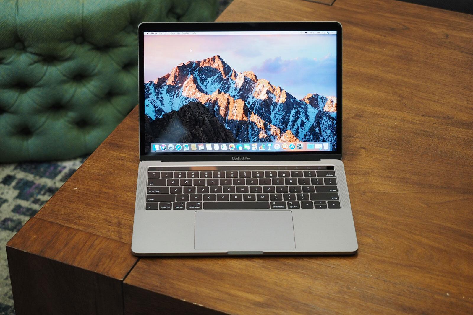 Macbook Pro - Chiếc laptop được dân thiết kế ưa chuộng từ hãng Apple